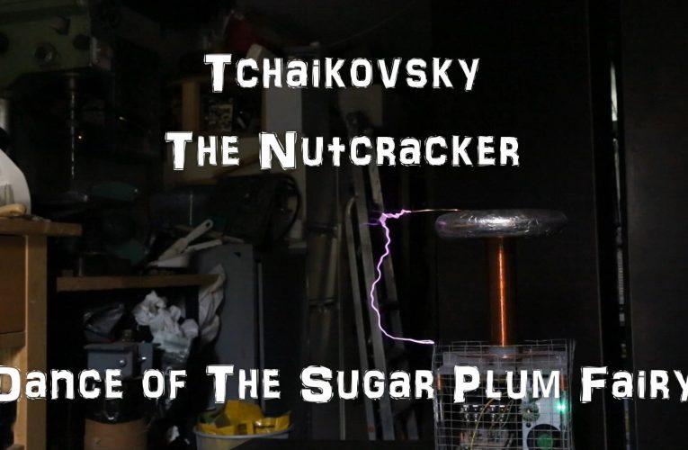 Tchaikovsky – Dance of the Sugar Plum Fairy, on a Musical Tesla Coil